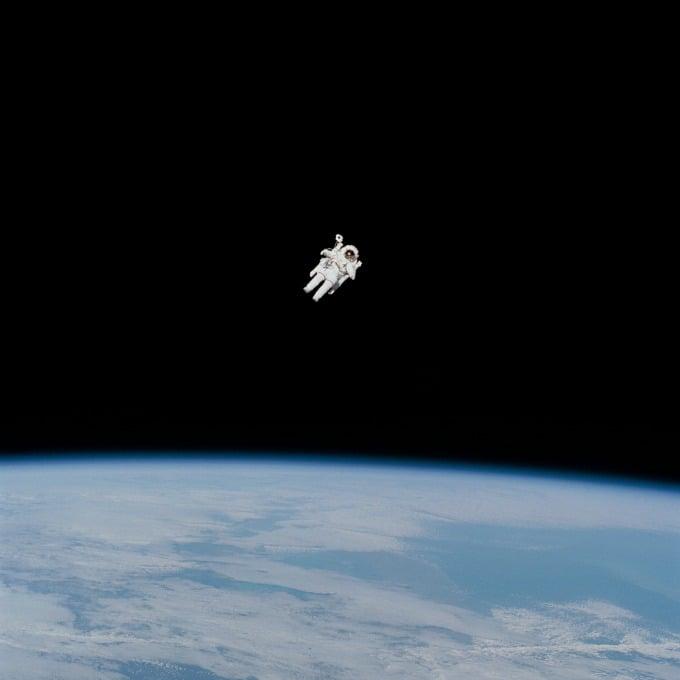 宇宙服のイメージ